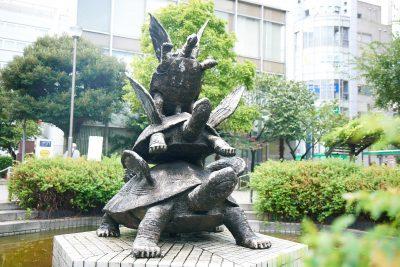【亀戸フォトジェニック】第一回『はね亀(玄武像)』〜江東区を守る四神〜