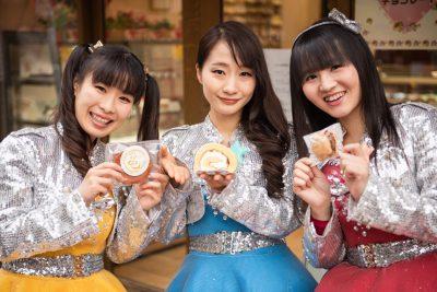 亀戸ご当地アイドル3人組と行く、亀戸絶品スイーツ食べ歩きツアー!【洋菓子編】